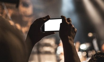 Getting Fans to Take Pictures at Your Gigs and How It Benefits You!